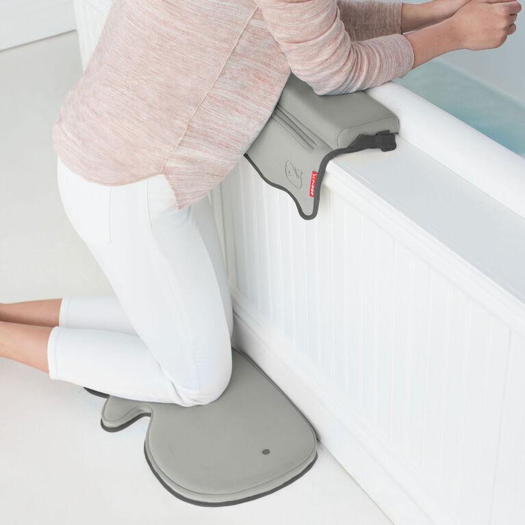 Skip Hop Moby Bath Kneeler - Grey