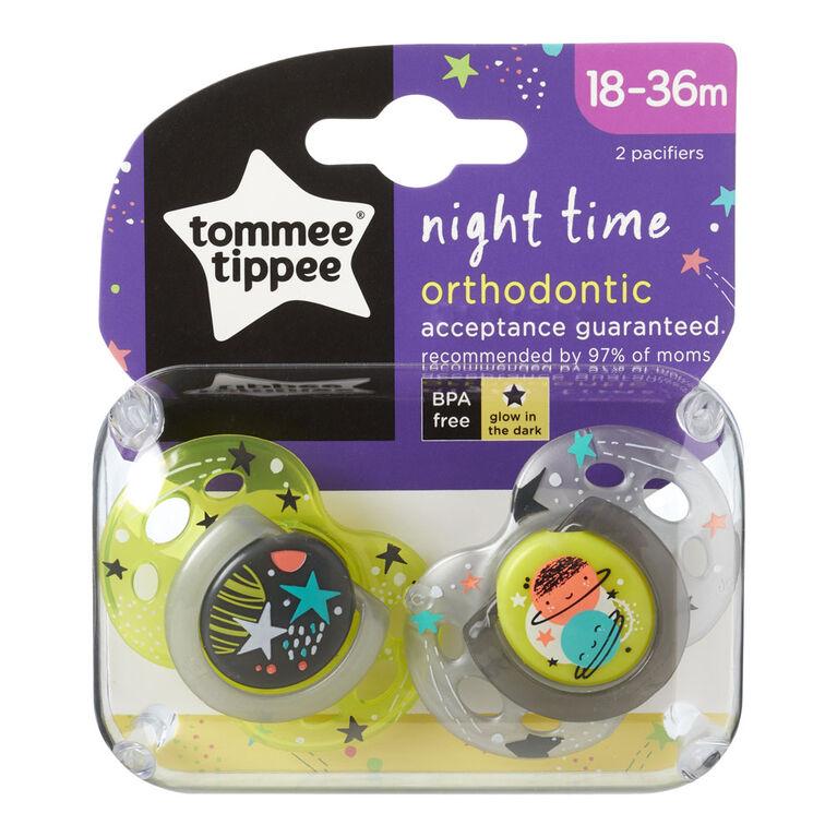 Ensemble de sucettes Night Time Closer to Nature 18 à 36 mo par Tommee Tippee, pqt de 2 - vert/gris