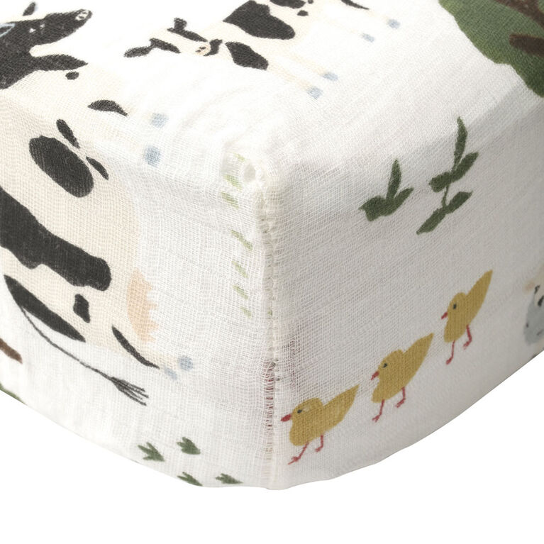 Family Farm Muslin Crib Sheet
