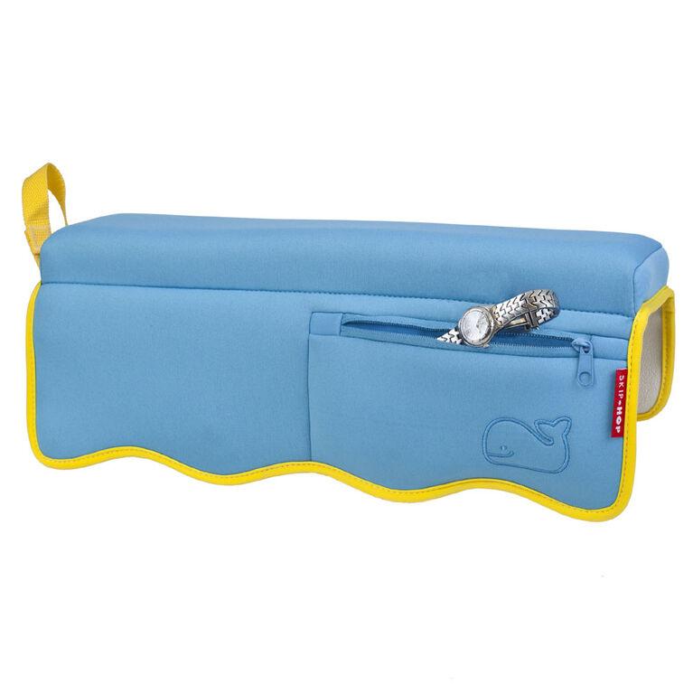Skip Hop – Accoudoir de bain Moby, bleu bébé.