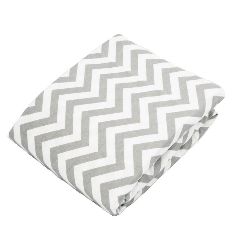 Kushies Bassinet Sheet Flannel Grey Chevron