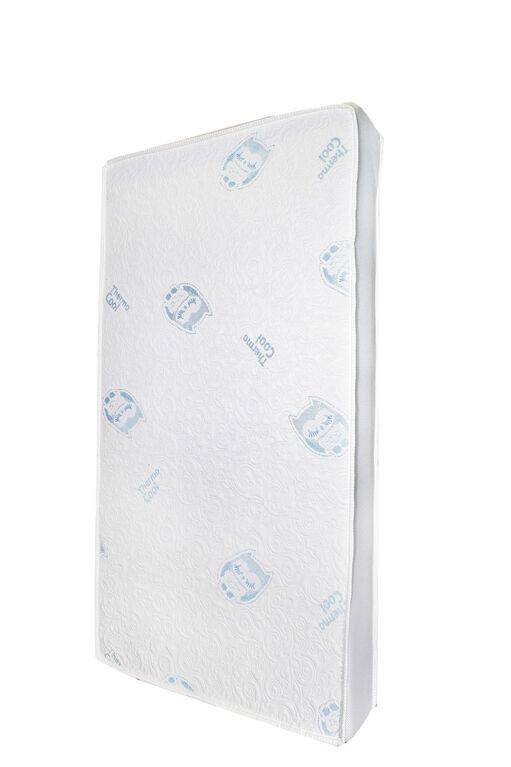 Simmons BeautyRest ThermoCool Temperature-Regulating Crib Mattress