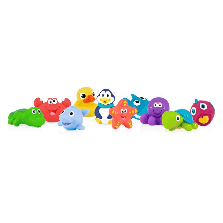 Ensemble de 10 jouets gicleurs pour le bain Little Squirts de Nuby.