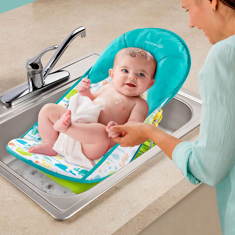 Summer Infant® Deluxe Baby Bather- Whalin Around
