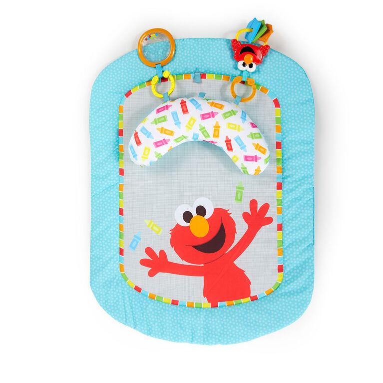 Sesame Street I Spot Elmo! Prop Mat