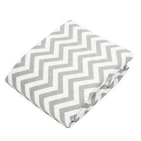 Kushies drap contour en flanelle pour lit de bébé - chevron gris.
