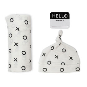 Lulujo Baby Hello World Newborn Bamboo Hat and Swaddle Blanket Set XO