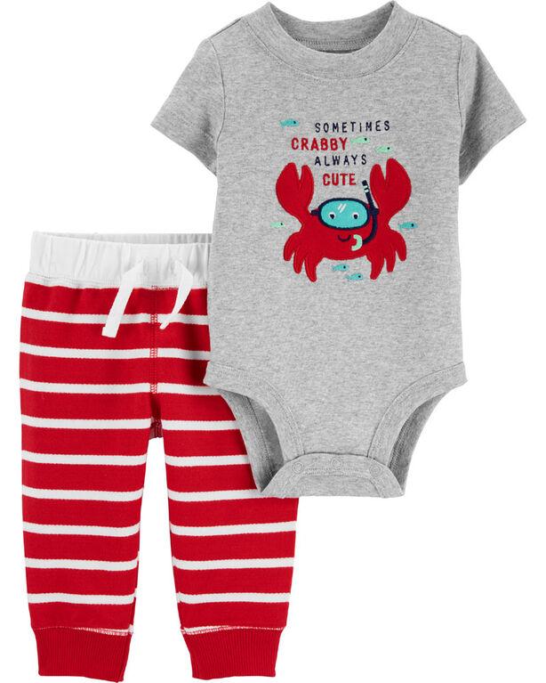 Ensemble 2 pièces cache-couche à crabe et pantalon Carter's – rouge/gris, nouveau-né