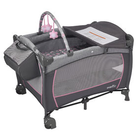 Evenflo Portable BabySuite Deluxe, Poppy