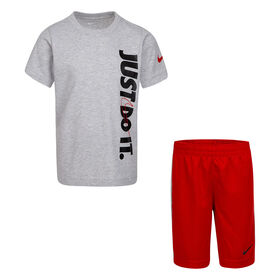 Nike T-shirt and short set Red, Size 7