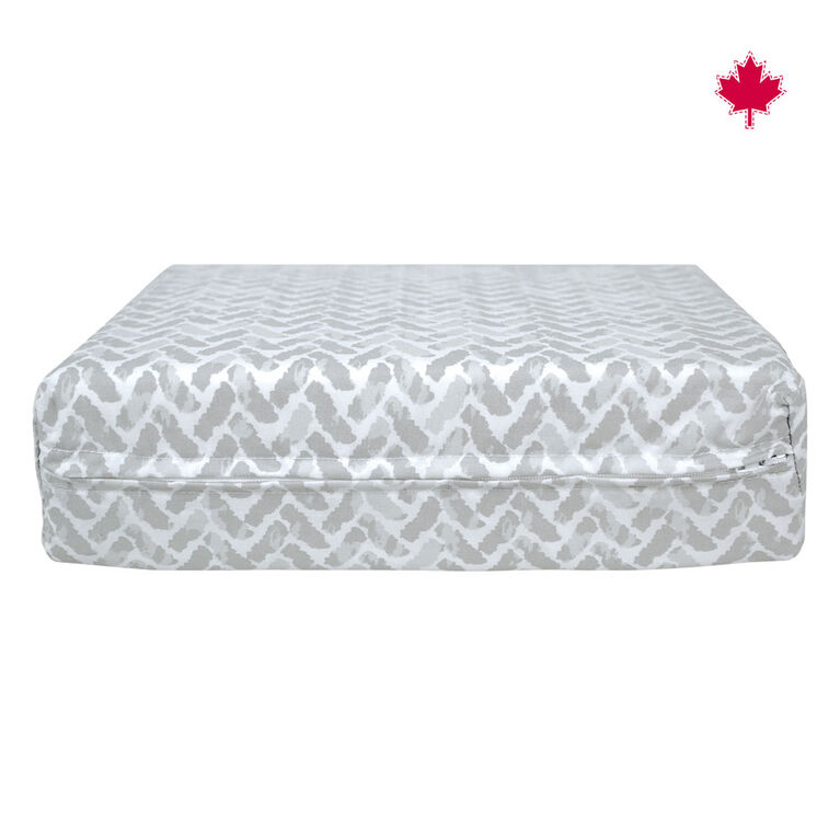 Perlimpinpin Wedge Pillow- Chevrons Grey