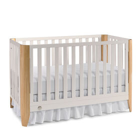 Fisher-Price Jaxon Island Crib - Snow White/Natural
