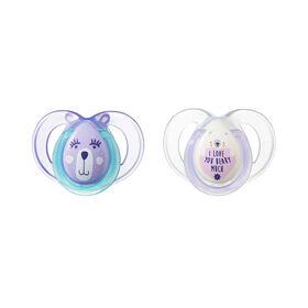 Sucette Night Time 6à18mois de Tommee Tippee (paquet de2) - violet - Les modèles peuvent varier.