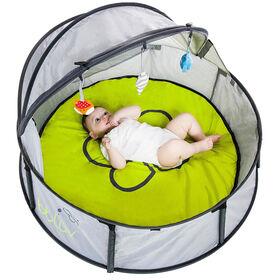 bblüv Travel & Play Tent