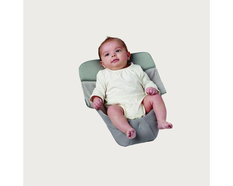 Coussin bébé Cool Air Mesh Ergobaby Easy Snug - Gris.