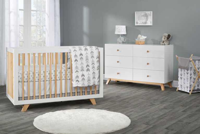 Oxford Baby Visby 6 Drawer Dresser White/Natural