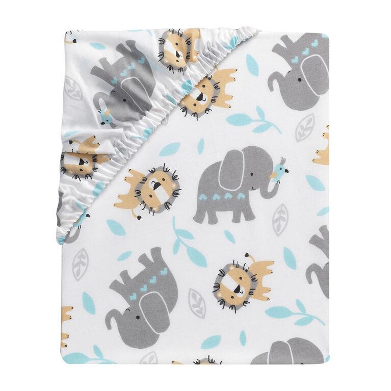 Bedtime Originals - Jungle Fun Fitted Crib Sheet - Multicolor