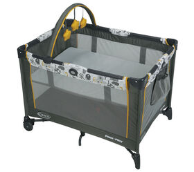 Graco Pack 'n Play Playard On-The-Go - ABC