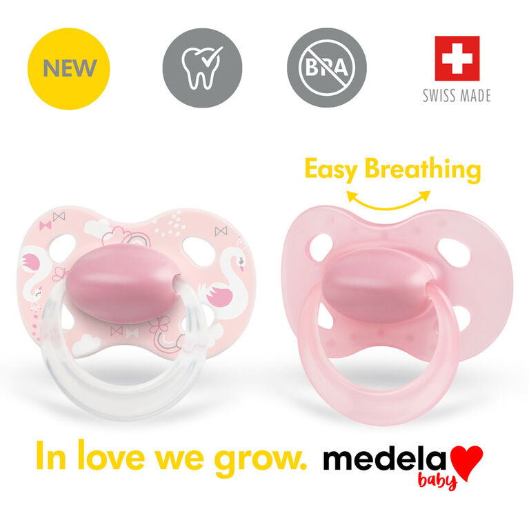 Medela Baby new ORIGINAL Pacifier, Perfect for everyday use, BPA free, Lightweight and orthodontic - Baby pacifier 0-6 mo Girl