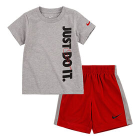 Nike T-shirt and short set Red, Size 2T