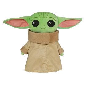 Star Wars The Child Grandeur Nature Peluche (Baby Yoda)