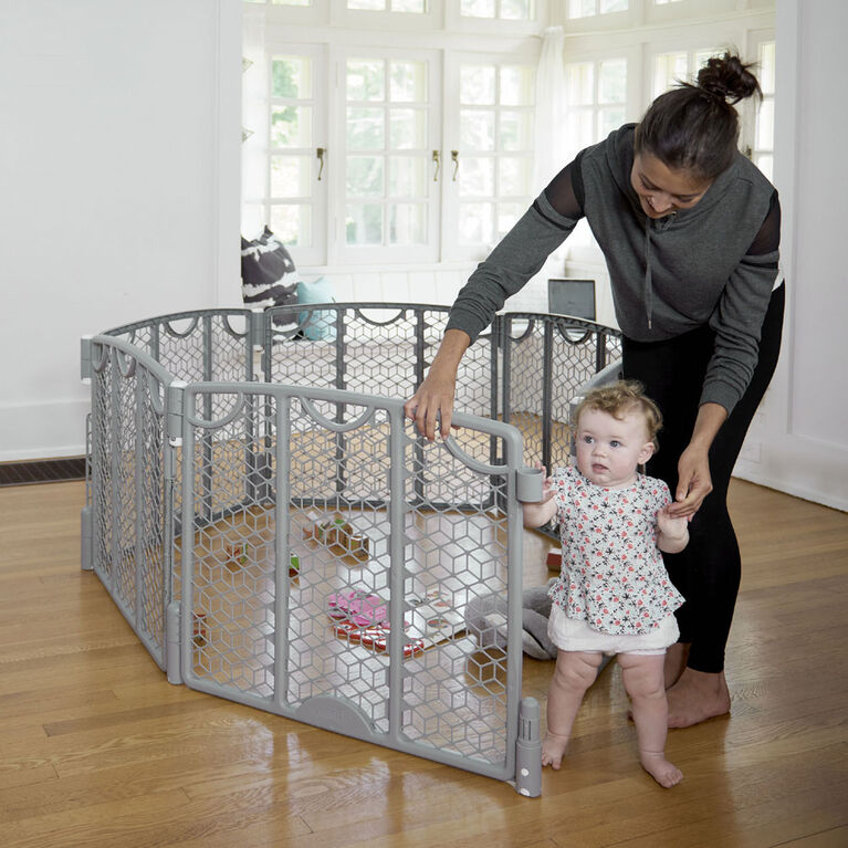 Evenflo Versatile Play Space, Cool Gray - R Exclusive
