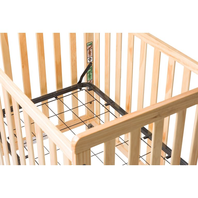Foundations Safetycraft Fixed-Side Clearview Crib, Natural
