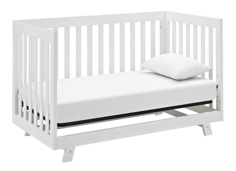 Beckett 3-in-1 Convertible Crib - White Storkcraft.