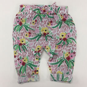 Coyote and Co. All over floral pull on pant with bow detail - size 9-12 months