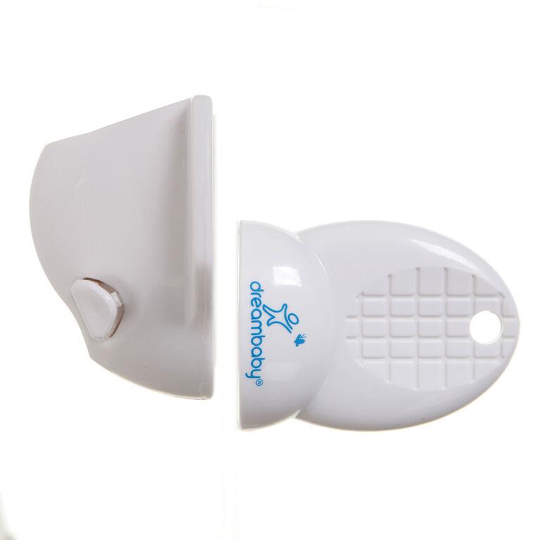 Dreambaby Spare Key for Adhesive Mag Lock.