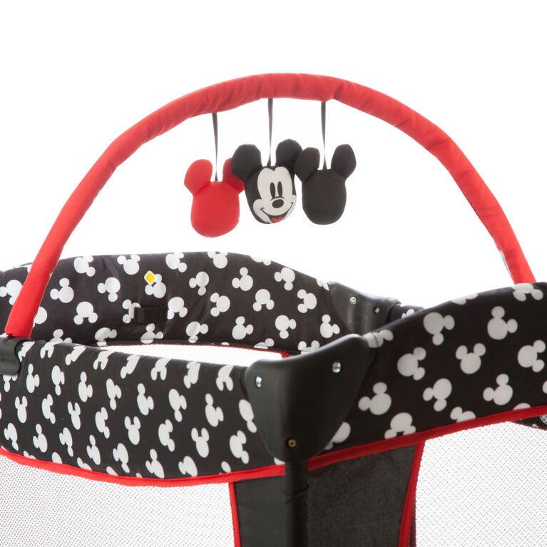 Disney Sweet Wonder Playard – Mickey Silhouette
