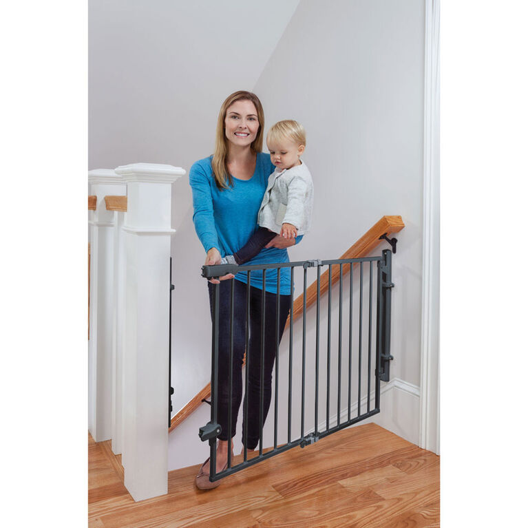 Safety 1st Ready To Install Top Of Stairs Gate
