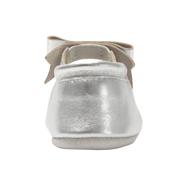 Robeez - First Kicks Sofia Silver 3-6M