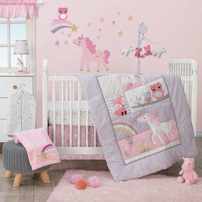 Bedtime Originals - Rainbow Unicorn Fitted Crib Sheet - Multicolor